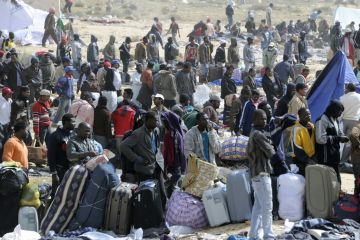 tunisia-libya-refugees.jpg