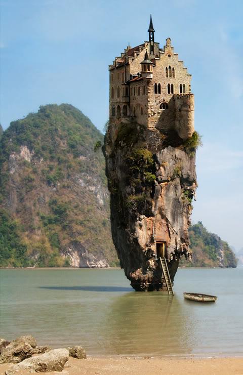 james-bond-island-building.jpg